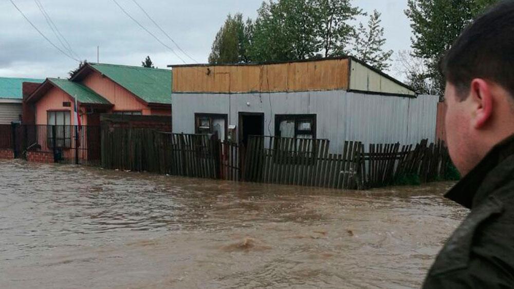 Intensas lluvias provocan corte de agua y suspensión de clases — Puerto Natales