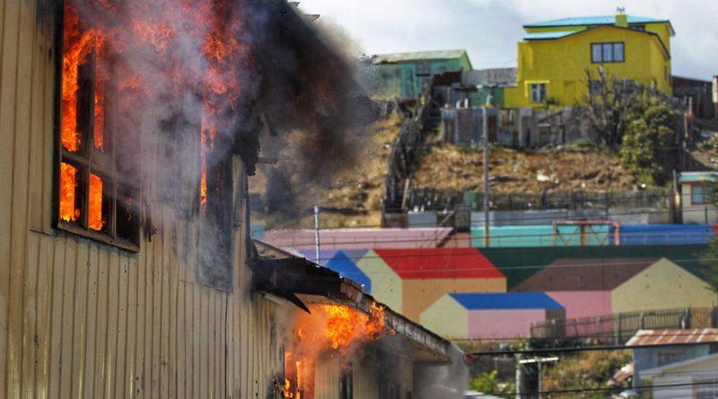189 vecinos sin luz tras incendio en Río de la Mano
