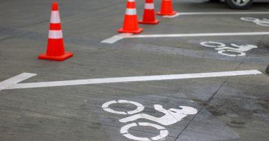 Habilitan espacios exclusivos para estacionar motos en el centro de Punta Arenas