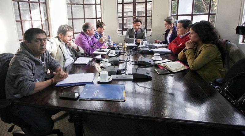 Tenso ambiente en el Concejo Municipal por movilizaciones en establecimientos educacionales