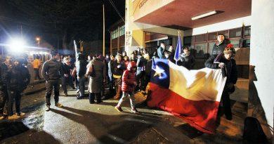 Alumnos del Industrial recibieron apoyo de comunidad Pedro Pablo Lemaitre
