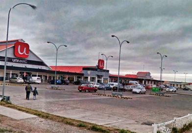 Solitario ladrón atacó a mujer en estacionamiento de supermercado