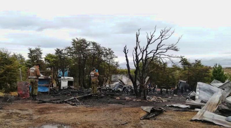 Quedó internado grave en la UCI tras sufrir quemaduras en el incendio de su hogar