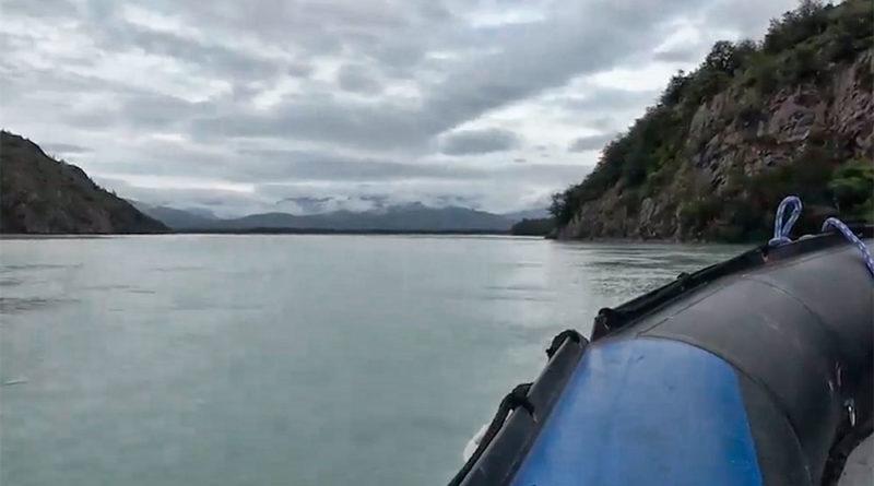Tragedia en el Río Serrano: Dos personas fallecidas y una decena resultó lesionada