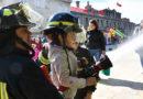 Niños y adultos disfrutaron juntos de divertidas actividades en la Plaza de Armas