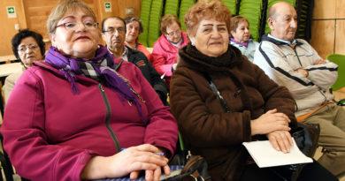 Atención Adultos Mayores: Abren inscripciones para 16 talleres gratuitos en Punta Arenas