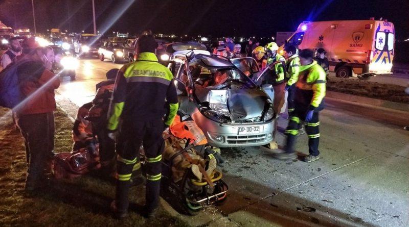 Cuatro heridos tras colisión contra maquinaria pesada
