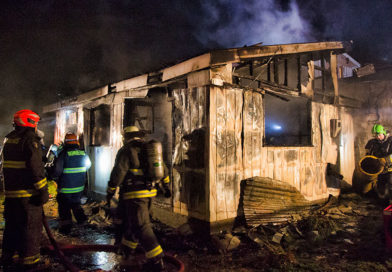 Incendio destruyó vivienda en la villa Alfredo Lorca