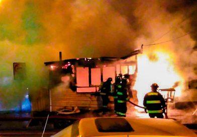 Seis damnificados dejó voraz incendio en Puerto Natales