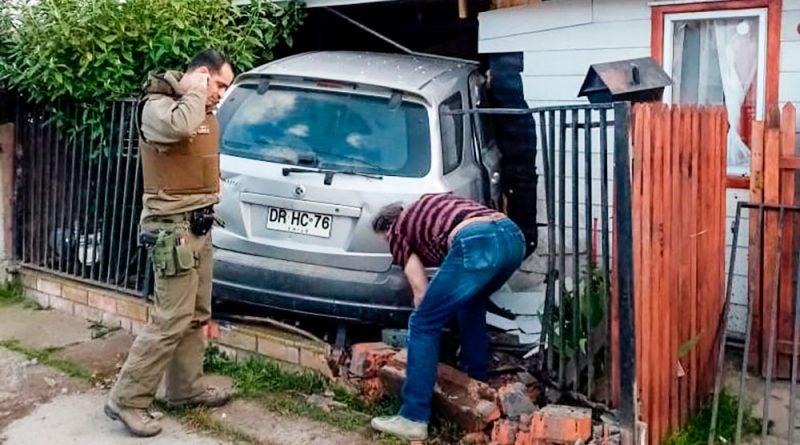 Drama familiar: Más que sólo daño dejó conductor ebrio que chocó contra una casa