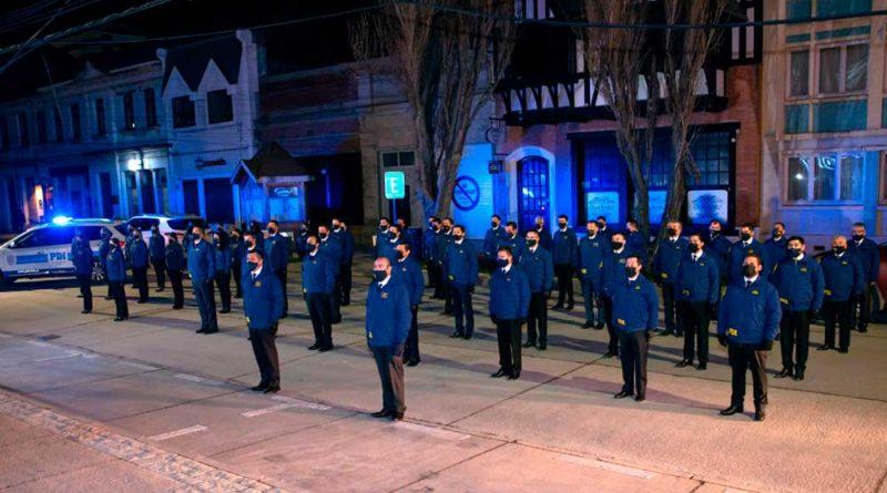 Con una gélida sensación térmica la PDI en Magallanes conmemoró sus 88 años de existencia